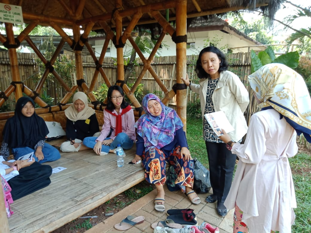 Didik Anak Desa Jago Bahasa Inggris, UNPAM Selenggarakan Pelatihan Literasi