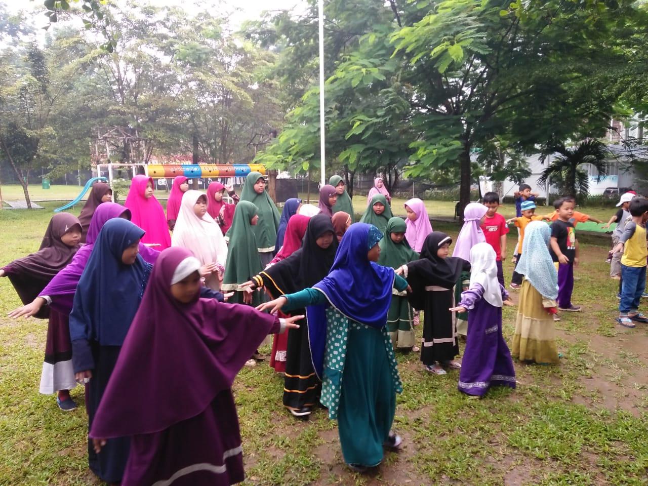 SD Mahfatih 1453 Berkunjung ke Wisata Djampang Zona Madina Dompet Dhuafa
