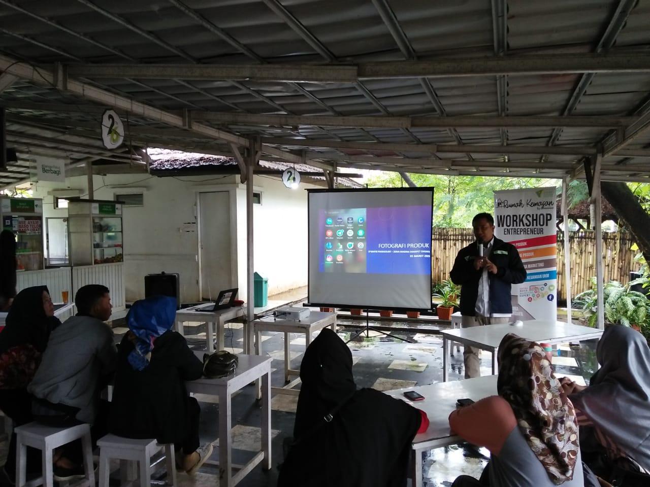 Rumah Kemasan Zona Madina Kembali Ajak Umkm Ikuti Pelatihan Foto Produk di Wisata Djampang Zona Madina